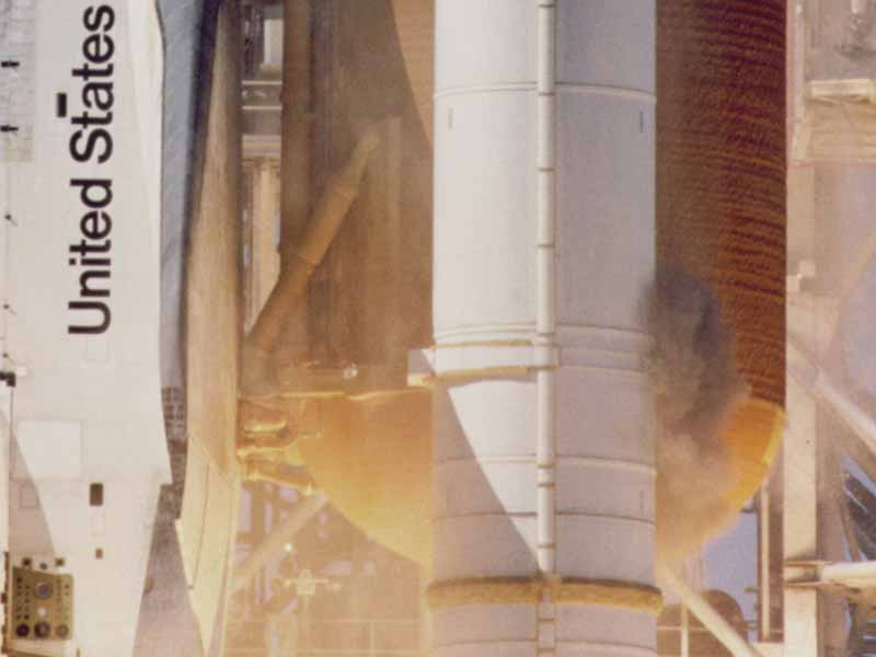 Gas leak on Space Shuttle Challenger. Public Domain, retrieved from https://en.wikipedia.org/wiki/Space_Shuttle_Challenger_disaster#/media/File:STS-51-L_grey_smoke_on_SRB.jpg